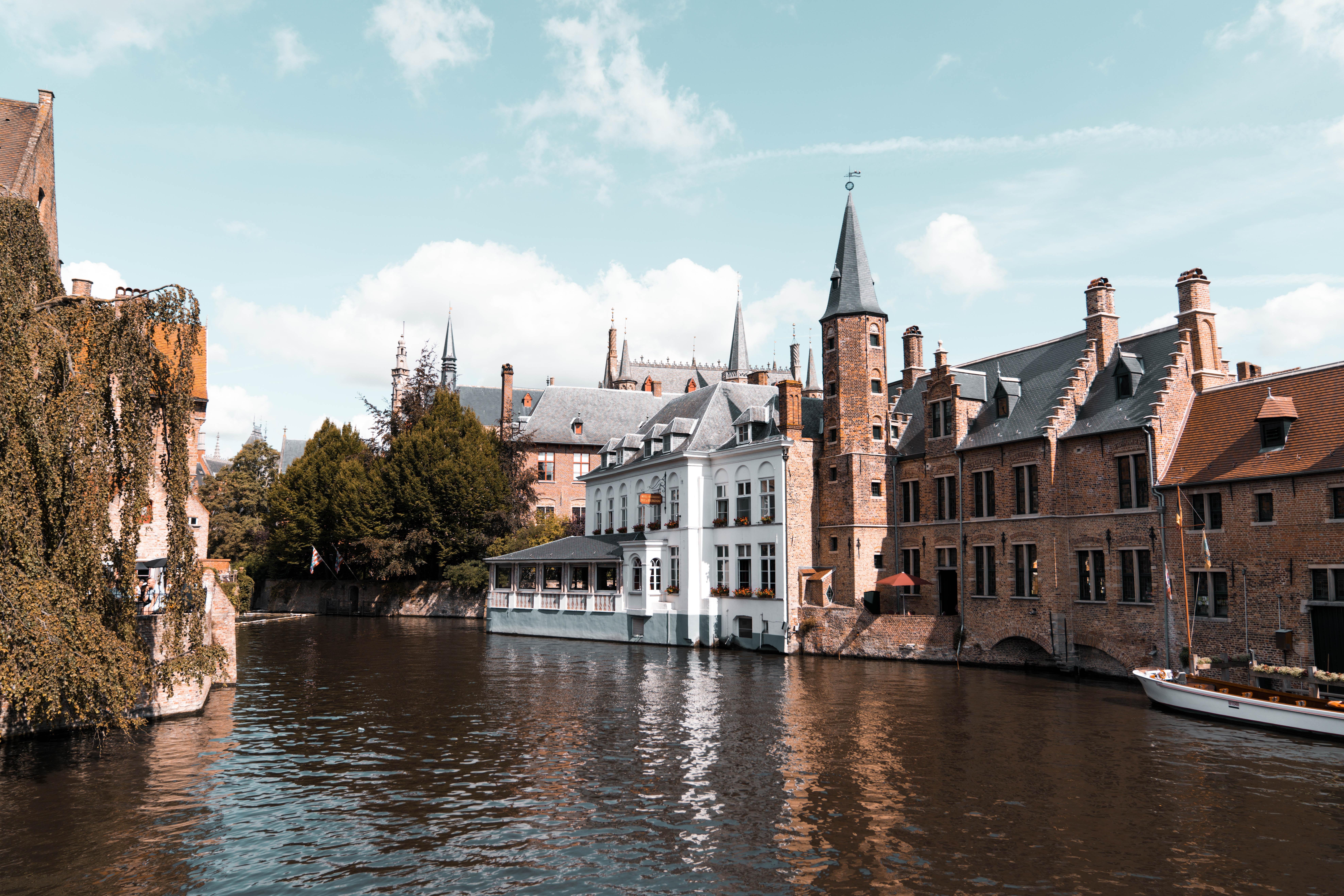 Brugge: Venice of Belgium
