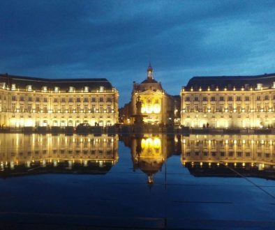 Bordeaux's water mirror